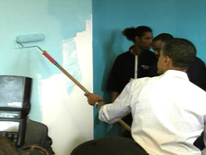 President-elect Obama visited injured soldiers and helped volunteers on Monday.