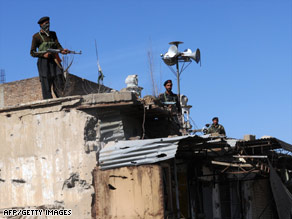 Pakistani soldiers watch area where al Qaeda operates. A top U.S. official says al Qaeda grows stronger there.
