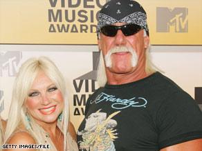 Linda and Hulk Hogan enjoy happier times at the 2006 MTV Video Music Awards in New York.