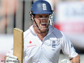 Captain Andrew Strauss led from the front to give England a commanding lead in the decisive Ashes Test.