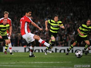 Eduardo scored from the penalty spot after going down under the challenge of Celtic keeper Artur Boruc.