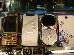 Phone clones: China's 'bandit' mobile phone market is huge.