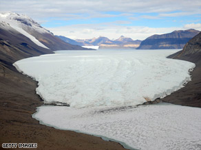 The Dry Valley region of Antarctica has seen an increase in visits by tourists.