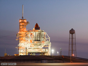 Space shuttle Discovery readies for launch, which now appears on pace for Sunday.