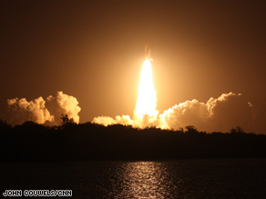 Discovery lifts off Sunday, four days after the launch was postponed because of a leaky gas vent line.