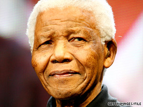 A police sergeant working for the police VIP unit killed himself outside Nelson Mandela's Johannesburg home.
