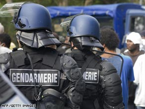 French gendarmes face-off against Guadeloupe protesters.