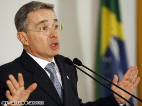 Colombian President Alvaro Uribe says authorities foiled an assassination plot against the country's defense chief.