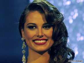 Venezuelan Stefania Fernandez was named Miss Universe 2009 on Sunday night.