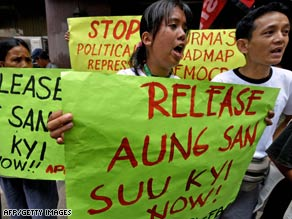 Filipino protesters rally in front of Myanmar's embassy in Manila on May 19, 2009.