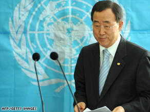 U.N. chief Ban Ki-moon welcomed Sri Lanka's pledge to dismantle the welfare villages.