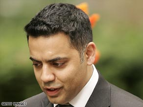 Labour MP Shahid Malik resigned his justice minister's post after his expenses were revealed.