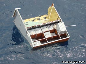 Searchers have discovered hundreds of pieces of wreckage from Air France Flight 447.