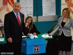 Likud leader Benjamin Netanyahu and wife Sara vote in Jerusalem.