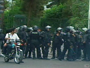 Fresh clashes broke out Sunday between police and protesters in Tehran.