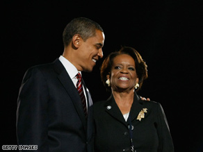 Robinson, with son-in-law Barack Obama on Election Night.