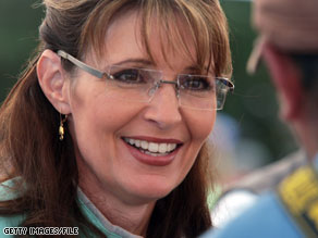 If you've ever wanted to eat dinner with Sarah Palin, now's your chance.