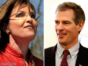 Sen. Scott Brown says he'll stick with fellow Massachusetts Republican Mitt Romney over Palin if the two were to face off for the GOP presidential nomination in 2012.