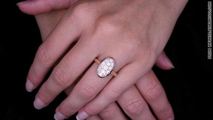 Bella Swans Engagement Ring Coming Soon To A Proposal