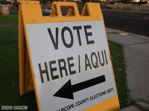 A sign in Arizona directing voters to the polls.