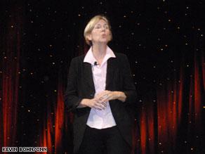 Elizabeth Warren received a warm at Netroots Nation on Saturday.