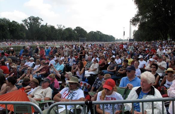 A view of the crowd at Glenn Beck's 'Restoring Honor' rally Saturday in Washington. (PHOTO CREDIT: Simon Hernandez-Arthur /CNN)