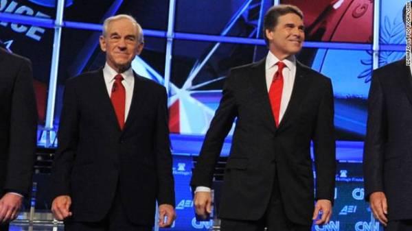 Ron Paul defends Rick Perry, calls indictment 'a joke ...