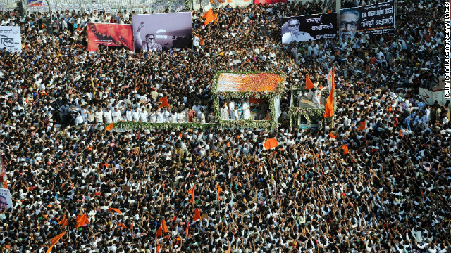 https://i1.wp.com/i2.cdn.turner.com/cnn/dam/assets/121119030942-india-thackeray-funeral-crowds-horizontal-gallery.jpg