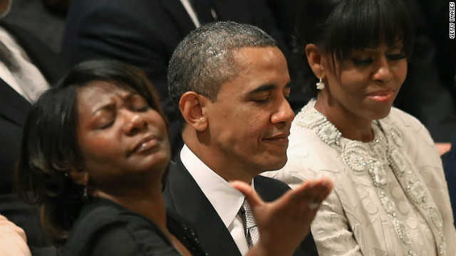 Obama thanked for living in 'glass house'