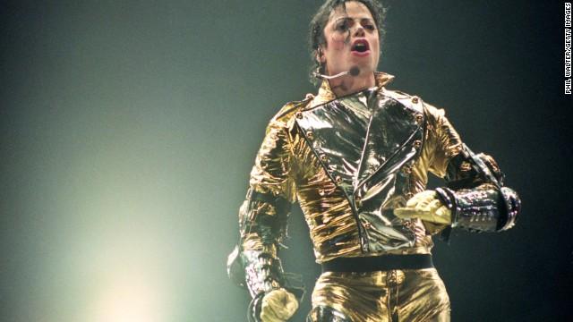 Photos: Controversial celebrity deaths