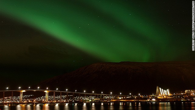 Known as the capital of the Arctic, Tromsø is a great base for seeing northern lights. Fascinating attractions include the Polar Museum, which offers an insight into the history of Arctic expedition.