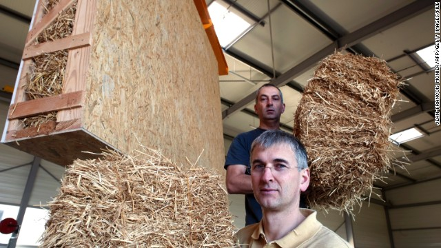 Another natural material with carbon negative production: lowly straw is making a return to construction. In America's
