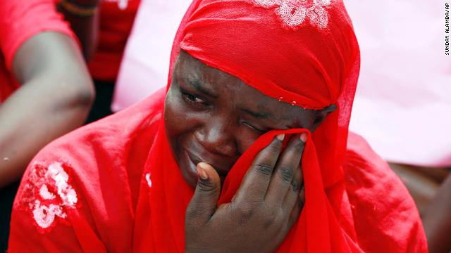 Nigerians protest over kidnapped schoolgirls