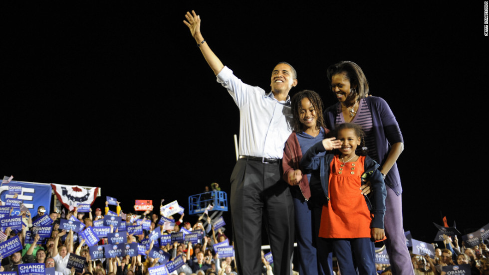 Just days before he was elected, then-Democratic presidential candidate U.S. Sen. Barack Obama of Illinois campaigns with his family at JFK Stadium in Springfield, Missouri, November 1, 2008.