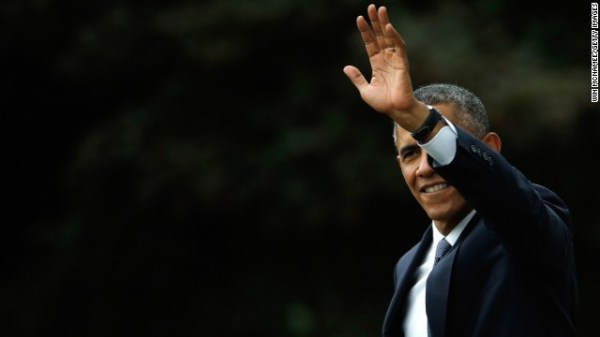 His role reduced, Obama makes final campaign push ...