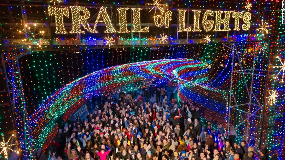 Best Places To See Christmas Lights In The US