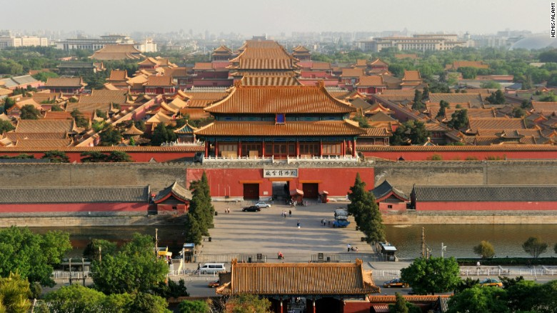 https://i1.wp.com/i2.cdn.turner.com/cnnnext/dam/assets/150228161413-02-castle-forbidden-city-exlarge-169.jpg