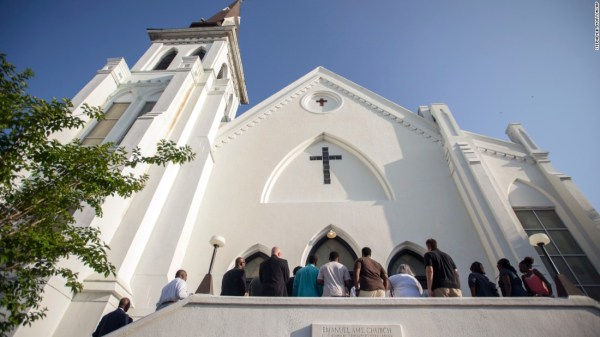 After Charleston shooting, worship returns to Emanuel ...