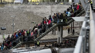 Refugee crisis: Why Scandinavian countries are trying to look bad