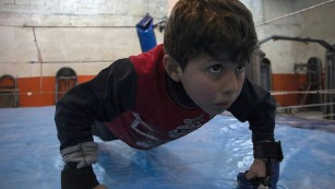 Syrian champion brings boxing back to Aleppo