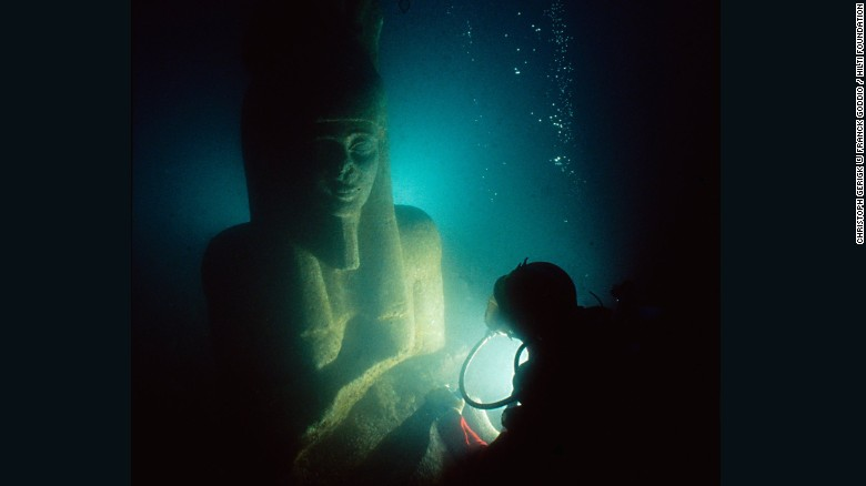 Canopus and Thonis-Heracleion are interesting to historians due to their location during a time of cultural cross-pollination. Key trading ports, they would receive boats from Greece and gradually developed an immigrant community, who built their own temples and worshiped their own gods.