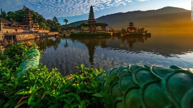 """Bali is best known for its beaches but it's also got a unique system of <a href=""""http://edition.cnn.com/videos/travel/2016/01/20/60-second-vacations-bali-rice-fields-travel.cnn/video/playlists/travel/"""">rice terraces</a> that are UNESCO protected."""