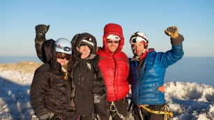 Soldiers, wounded veteran start Everest climb to put spotlight on PTSD