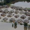15 la-flooding 0813