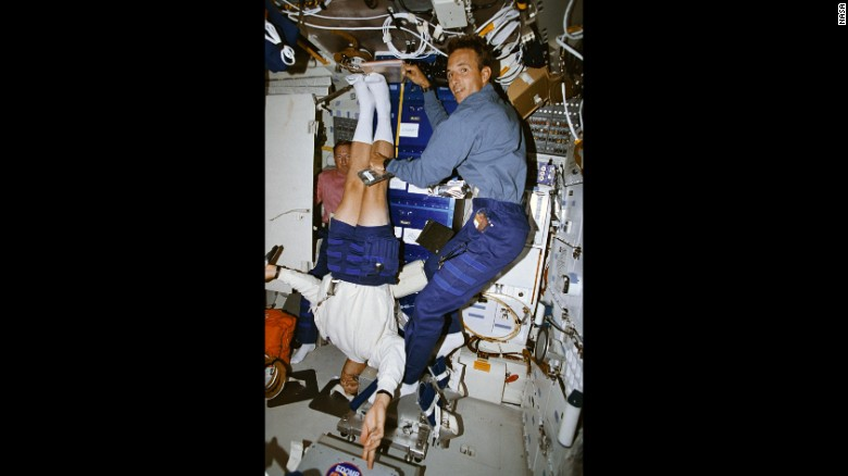 In 1994, astronaut Mark Lee had his height measured by fellow astronaut Jerry Linenger as part of a study on back pain.