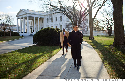 White House to propose raise for federal workers.