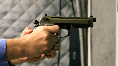 Artificial intelligence based system warns when a gun appears in a video
