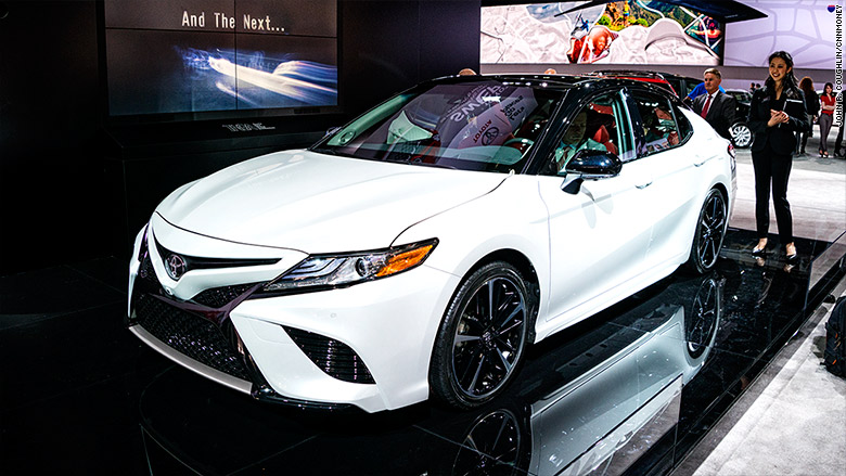 2018 toyota camry detroit auto show