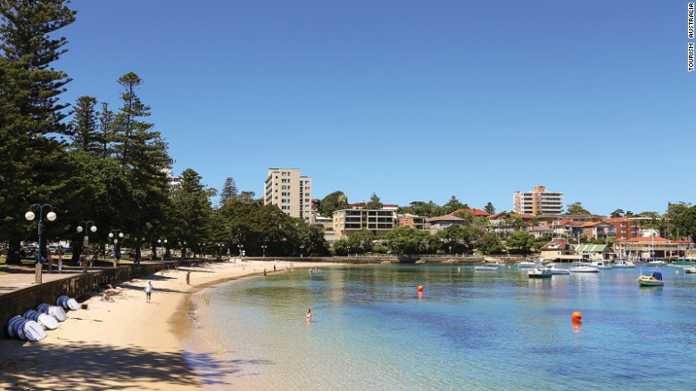 Five-easy-day-trips-from-Sydney---Manly-Beach---Tourism-Australia