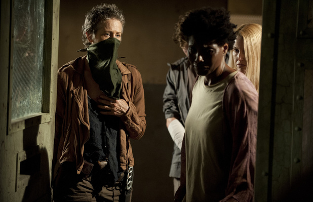 https://i1.wp.com/i2.cdnds.net/13/44/618x399/ustv-the-walking-dead-s04-e03-infected-11.jpg